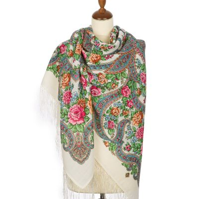 "Shawl ""In the world of love"""